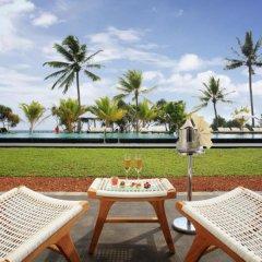 Отель Centara Ceysands Resorts And Spa Шри-Ланка, Бентота - отзывы, цены и фото номеров - забронировать отель Centara Ceysands Resorts And Spa онлайн балкон