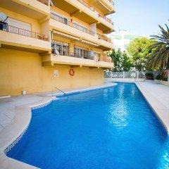 Отель Holidays2Roquedal Испания, Торремолинос - отзывы, цены и фото номеров - забронировать отель Holidays2Roquedal онлайн бассейн
