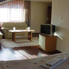 Отель Zasheva Kushta Guesthouse Банско удобства в номере фото 2