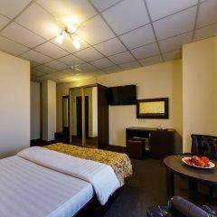 Гостиница Мартон Северная в Краснодаре 5 отзывов об отеле, цены и фото номеров - забронировать гостиницу Мартон Северная онлайн Краснодар комната для гостей фото 3