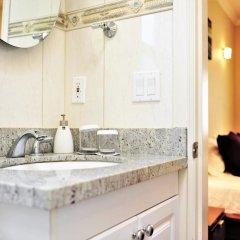 Отель Vancouver West Private House Second Floor Канада, Ванкувер - отзывы, цены и фото номеров - забронировать отель Vancouver West Private House Second Floor онлайн ванная