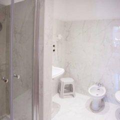 Отель Albergo Rossini 1936 Италия, Болонья - 7 отзывов об отеле, цены и фото номеров - забронировать отель Albergo Rossini 1936 онлайн ванная фото 2