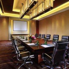 Отель Pullman Oceanview Sanya Bay Resort & Spa фото 4