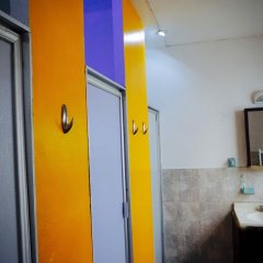 Отель Blue Pepper Hostel & Bar Мексика, Гвадалахара - отзывы, цены и фото номеров - забронировать отель Blue Pepper Hostel & Bar онлайн ванная фото 2