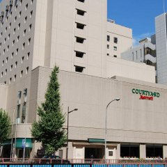 Отель Courtyard by Marriott Tokyo Ginza Япония, Токио - отзывы, цены и фото номеров - забронировать отель Courtyard by Marriott Tokyo Ginza онлайн вид на фасад