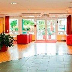 Отель Park Inn by Radisson Uno City Vienna Австрия, Вена - 4 отзыва об отеле, цены и фото номеров - забронировать отель Park Inn by Radisson Uno City Vienna онлайн фото 2