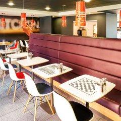 Отель ibis London Luton Airport интерьер отеля