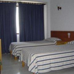 Отель Hostal Gami комната для гостей фото 5