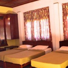 The Rendezvous Hotel комната для гостей
