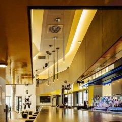 Отель Generator Hamburg Германия, Гамбург - 2 отзыва об отеле, цены и фото номеров - забронировать отель Generator Hamburg онлайн фитнесс-зал фото 4