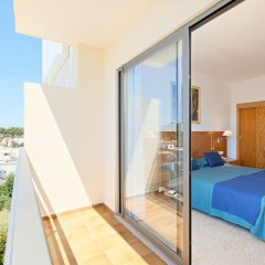 Отель azuLine Hotel S'Anfora & Fleming Испания, Сан-Антони-де-Портмань - отзывы, цены и фото номеров - забронировать отель azuLine Hotel S'Anfora & Fleming онлайн балкон