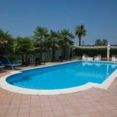 Hotel Master Альбиньязего бассейн фото 3