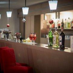 Отель IH Milano Ambasciatori Италия, Милан - 9 отзывов об отеле, цены и фото номеров - забронировать отель IH Milano Ambasciatori онлайн гостиничный бар