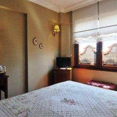 Emine Sultan Hotel сейф в номере