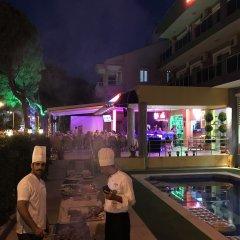 Twenty One Hotel Турция, Мармарис - 1 отзыв об отеле, цены и фото номеров - забронировать отель Twenty One Hotel онлайн бассейн фото 2