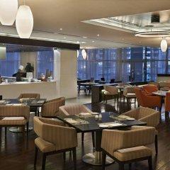 Отель Hyatt Place Dubai Al Rigga Residences гостиничный бар