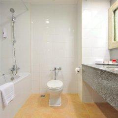 Отель Ramada by Wyndham Phuket Southsea 4* Стандартный номер разные типы кроватей фото 16