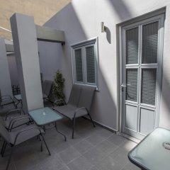 Отель Trendy Living in Monastiraki Греция, Афины - отзывы, цены и фото номеров - забронировать отель Trendy Living in Monastiraki онлайн балкон