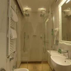 Отель Select Suites & Spa Риччоне ванная фото 2