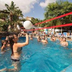 Отель La Siesta Salou Resort & Camping фитнесс-зал фото 2