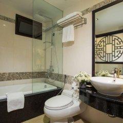 Отель Golden Lotus Hotel Вьетнам, Ханой - отзывы, цены и фото номеров - забронировать отель Golden Lotus Hotel онлайн ванная фото 2