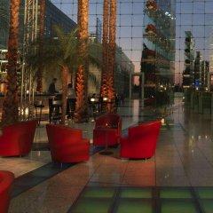 Отель Hilton Munich Airport Германия, Мюнхен - 7 отзывов об отеле, цены и фото номеров - забронировать отель Hilton Munich Airport онлайн развлечения