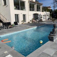 Отель Luxueuse et Confortable Villa sur Mer Франция, Ницца - отзывы, цены и фото номеров - забронировать отель Luxueuse et Confortable Villa sur Mer онлайн бассейн фото 3