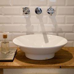 Отель Bubuflats Bubu 1 Испания, Валенсия - отзывы, цены и фото номеров - забронировать отель Bubuflats Bubu 1 онлайн ванная