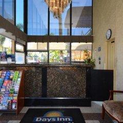 Отель Days Inn Airport Center LAX интерьер отеля фото 2