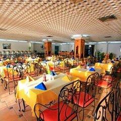 Отель Beach Hotel Sharjah ОАЭ, Шарджа - 8 отзывов об отеле, цены и фото номеров - забронировать отель Beach Hotel Sharjah онлайн питание фото 3
