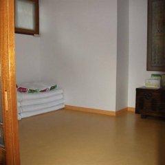 Отель Hyosunjae Hanok Guesthouse сейф в номере