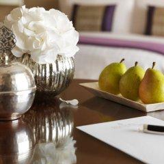 Отель Four Seasons Hotel Riyadh Саудовская Аравия, Эр-Рияд - отзывы, цены и фото номеров - забронировать отель Four Seasons Hotel Riyadh онлайн питание