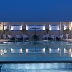Отель Hilton Garden Inn New Delhi/Saket Индия, Нью-Дели - отзывы, цены и фото номеров - забронировать отель Hilton Garden Inn New Delhi/Saket онлайн бассейн фото 3