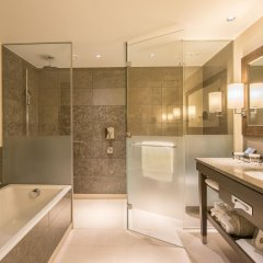 Отель InterContinental Davos Швейцария, Давос - отзывы, цены и фото номеров - забронировать отель InterContinental Davos онлайн ванная