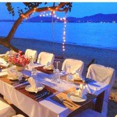 Отель Baan Mai Cottages & Restaurant питание