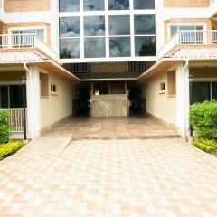 Отель The Marina Village 2 & 3 Bedroom Condo's Ямайка, Монастырь - отзывы, цены и фото номеров - забронировать отель The Marina Village 2 & 3 Bedroom Condo's онлайн парковка