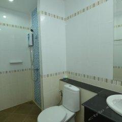 Отель The Green Place Phuket Таиланд, Пхукет - отзывы, цены и фото номеров - забронировать отель The Green Place Phuket онлайн ванная