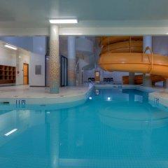 Отель Delta Hotels by Marriott Saskatoon Downtown бассейн фото 3