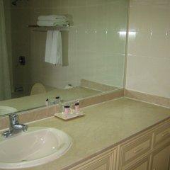 Отель Tumon Bay Capital Hotel США, Тамунинг - 8 отзывов об отеле, цены и фото номеров - забронировать отель Tumon Bay Capital Hotel онлайн ванная