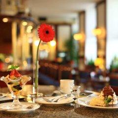 Отель Grandhotel Brno Брно гостиничный бар