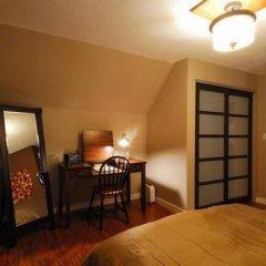 Отель Commercial Drive Accommodations Канада, Ванкувер - отзывы, цены и фото номеров - забронировать отель Commercial Drive Accommodations онлайн удобства в номере