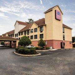 Отель Comfort Suites Wilmington парковка