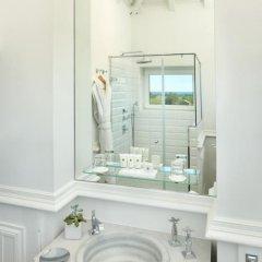 Отель Chateau Hotel and Spa Grand Barrail Франция, Сент-Эмильон - отзывы, цены и фото номеров - забронировать отель Chateau Hotel and Spa Grand Barrail онлайн ванная