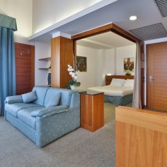 Отель Albergo Roma, Bw Signature Collection Кастельфранко комната для гостей
