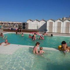 Отель Barbiani Италия, Риччоне - отзывы, цены и фото номеров - забронировать отель Barbiani онлайн бассейн