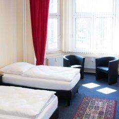 Отель Berliner City Pension Uhlandstrasse Берлин комната для гостей