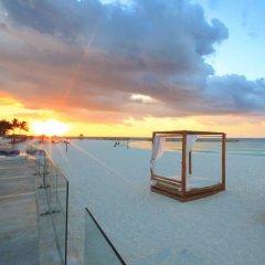 Отель Krystal Cancun Мексика, Канкун - 2 отзыва об отеле, цены и фото номеров - забронировать отель Krystal Cancun онлайн пляж фото 3