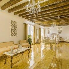 Апартаменты Oriente Palace Apartments развлечения