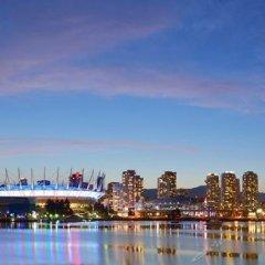 Отель Rosellen Suites At Stanley Park Канада, Ванкувер - отзывы, цены и фото номеров - забронировать отель Rosellen Suites At Stanley Park онлайн приотельная территория