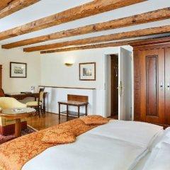 Отель Altstadt Radisson Blu Австрия, Зальцбург - 1 отзыв об отеле, цены и фото номеров - забронировать отель Altstadt Radisson Blu онлайн комната для гостей фото 3